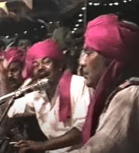 Maqbool and Ghulam singing qawwali in Karachi Mehfil